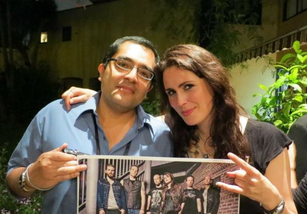 jim cueva y sharon den adel tarrazu.wordpress.com