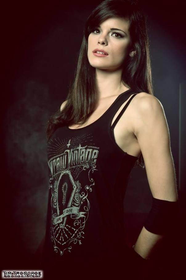 Clémentine Delauney será vocalista oficial de Visions Of Atlantis!